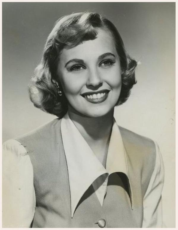 Download this Lola Albright Juillet picture